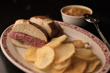 Gene & Georgetti Rosemont Celebrates National Sandwich Month in August