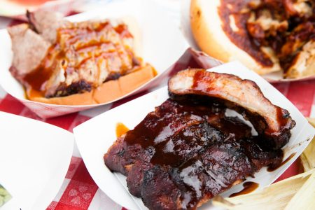 Windy City Smokeout Brings BBQ and Country Music to River North Starting Friday