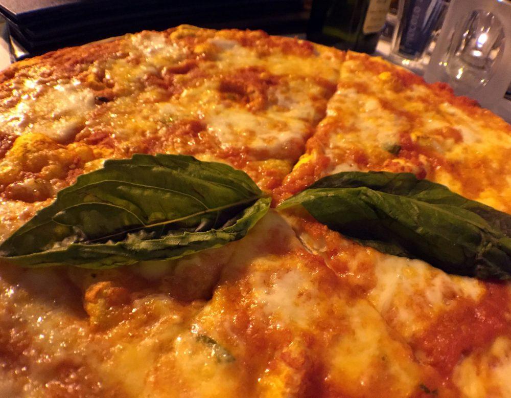 Piccolo Sogno Due margherita pizza