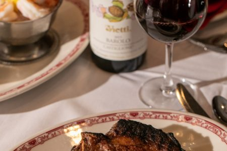 Gene & Georgetti Celebrates National Steakhouse Month in June