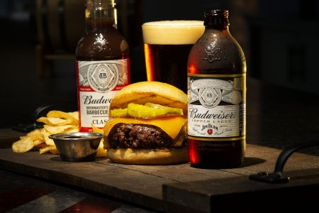 O'Hare Restaurants Offering Free Veterans Day Burgers