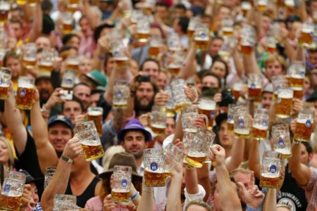 Hofbrauhaus Chicago Celebrates Maifest April 20 - May 25
