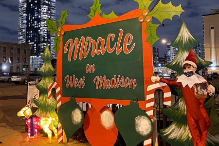 Replay Lincoln Park Hosts Two Family-Friendly Holiday Drive-In Experiences Through December 25