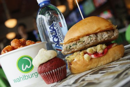 Wahlburgers Breaks Ground in St. Charles