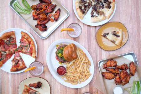 Old Grounds Social Now Open in Lincoln Park
