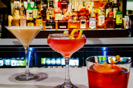 New Loop Restaurant Offers Special Menu & Holiday-Inspired Cocktails for Valentine's Day
