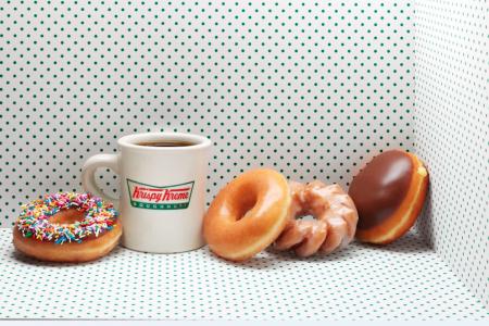 Krispy Kreme Doughnuts Opening in Chicago Loop October 2019