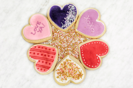 Valentine's Day 2020: Where to Have the Most Romantic Dinners and Snag the Sweetest Gifts