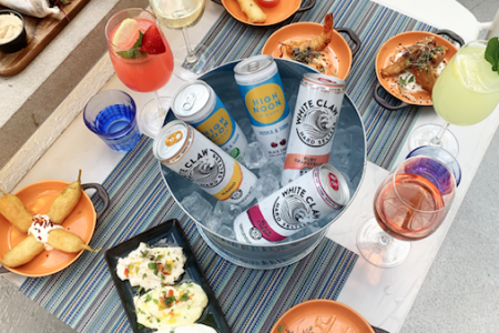 Avli Launches Happy Hour in River North