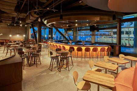 Lirica, Navy Pier's New Restaurant & Bar Concept, Now Open