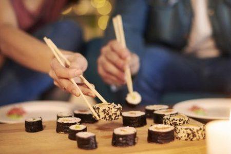Radisson Blu Aqua Chicago's Valentine's Day Inspired Sushi Making Class on February 4