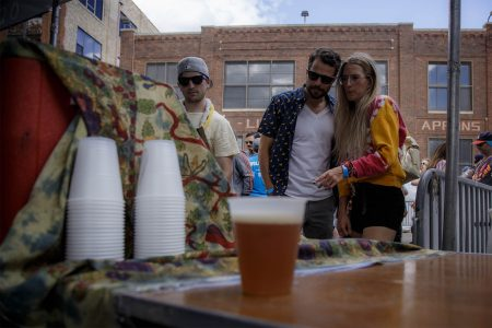 Ravenswood's Hosts Annual Craft Beer Festival Featuring Local Breweries, June 22-23