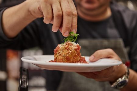 Chicagoland Mariano's Launches Free Virtual Cooking Classes, Wine Tastings and Musical Performances
