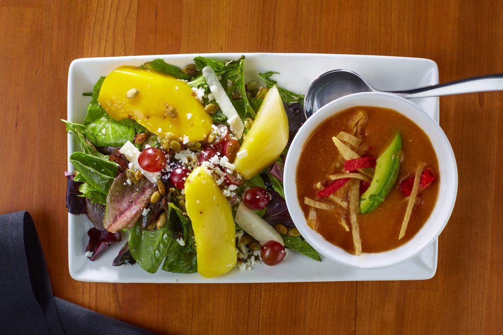 Cl Thur Sopa Y Mango Salad