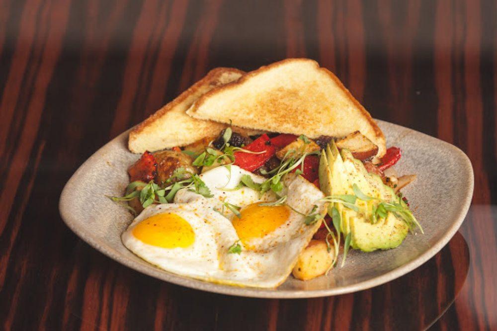 breakfest, the loop, eggs, toast, roanoke, easter,