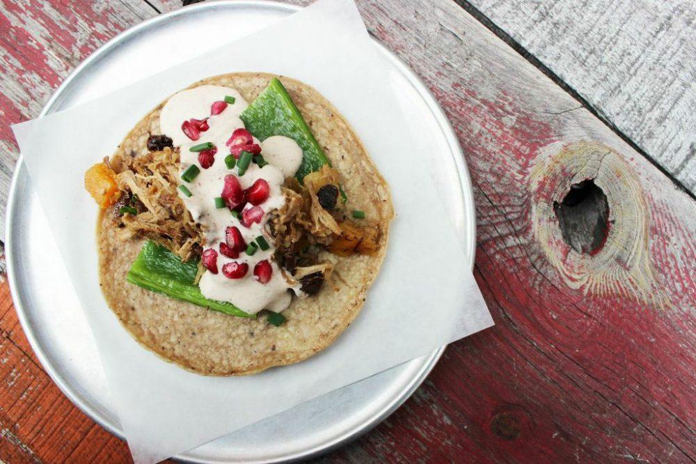 Chile En Nogada Taco