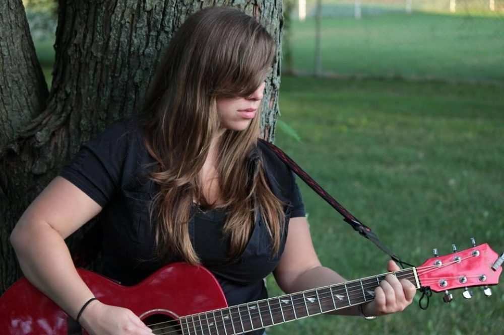 Cheryl Rodey performs Friday, April 28 at Houndstooth Saloon
