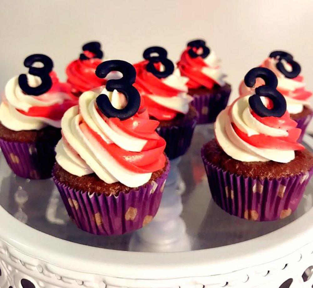 Strings Ramen Cupcakes