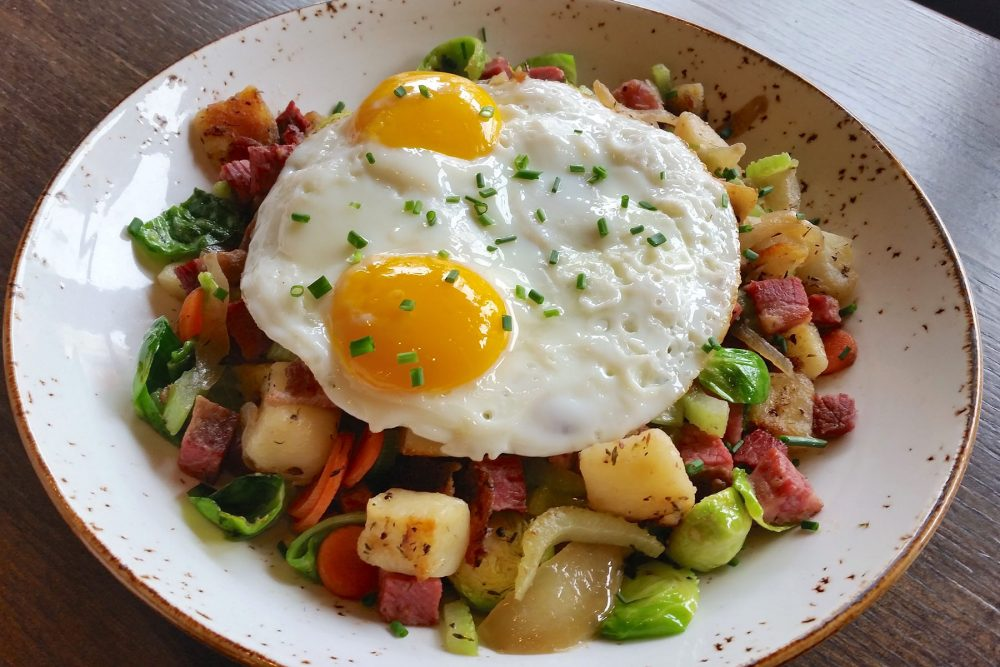 kanela new menu 2016 0000 Kanela Corned-Beef-Hash-2