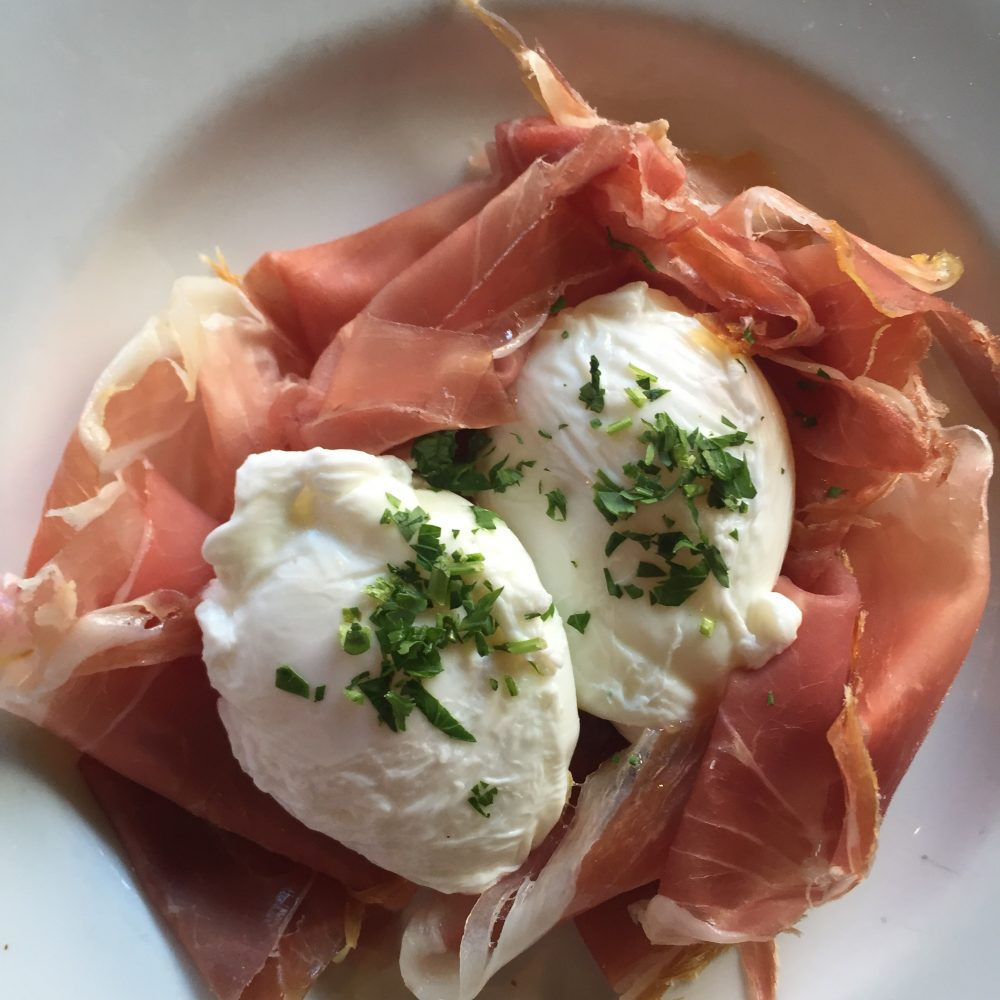 prosciutto-and-poached-egg