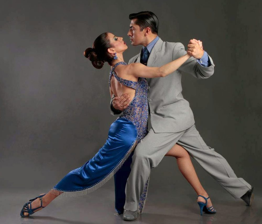 Artango Bar and Steakhouse Features Tango Performance