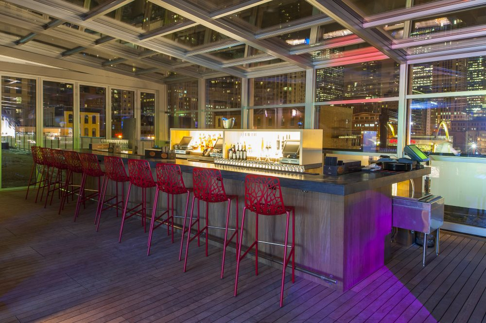 Io Outdoor Bar At Io Urban Roofscape