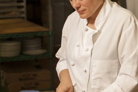 "Chef Sarah Stegner Hosts  ""A New Approach to Food with Kids"" at Prairie Grass Cafe on May 14"