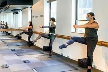 """Godfrey Hotel Chicago Partners With Pure Barre and Athleta for """"Get it done in '21"""" Fitness Challenge"""
